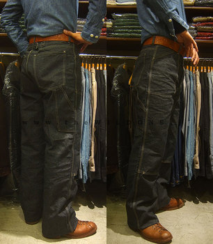 DoubleKnee_blackchambray_01.jpg